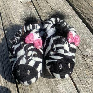 NWT  Stride rite  pink bow zebra slippers